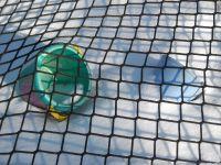 Sandkastenabdeckung mit einem Netz